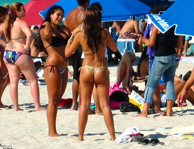 Spectacular Latina Bikini Beach Beauties #3 - Copyright © 2012 JiMmY RocKeR PhoToGRaPhY