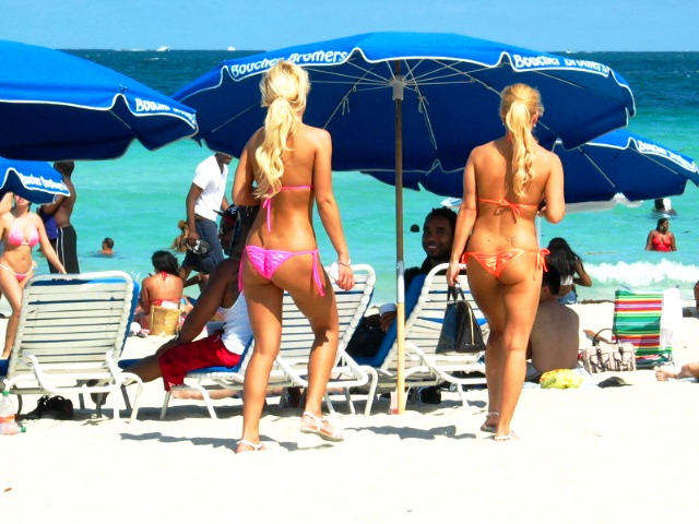 Stunning Blonde Bikini Beauties #2 - Copyright © 2012 JiMmY RocKeR PhoToGRaPhY