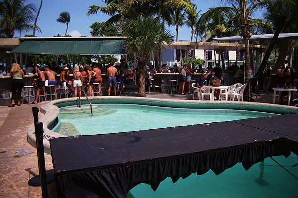 Black Pool Bar - © 2000 Jimmy Rocker Photography